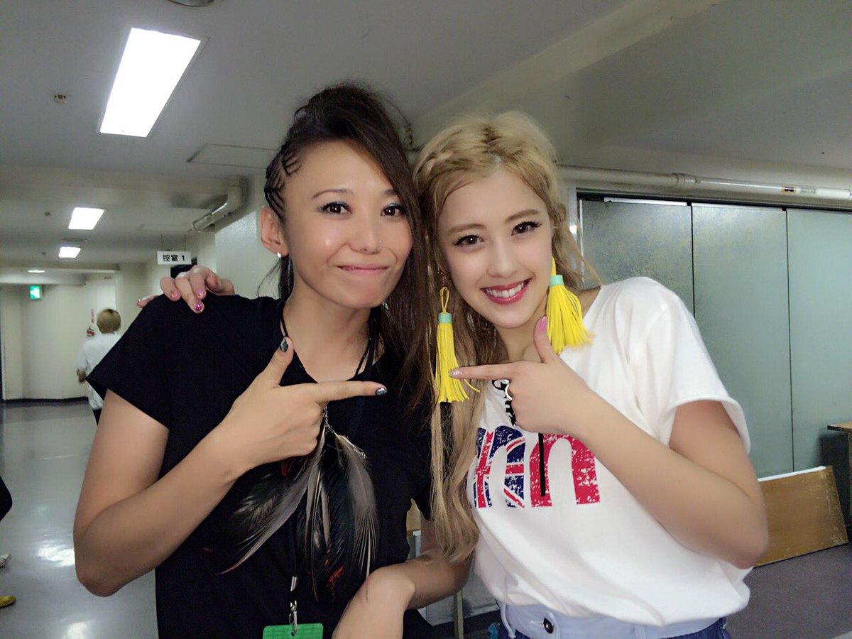 with 夏焼 雅chan!  #PINKCRES #ピンクス #Buono https://t.co/JGqqM6ZL4q