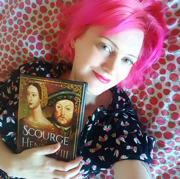 My new biography of Marie de Guise, mother of Mary Queen of Scots is officially OUT TODAY. @penswordbooks https://t.co/ZWVUOVTR7t