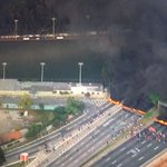 Protestos contra governo interino de Temer bloqueiam vias de São Paulo https://t.co/PaUbyANlZZ #políticaG1 https://t.co/bcKXmbifPf