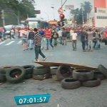 Protestos contra governo interino de Temer bloqueiam vias de São Paulo https://t.co/UxY94LCiZV #G1 https://t.co/r9CrIfq27K
