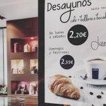 Hora del #cafe y #croissants en @juarreno de @grupojuarreno #AltaPastelería #Burgos @lavazzaes #forografía #Producto https://t.co/HKg9FX2v6D