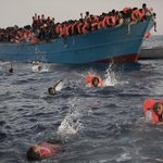 European ships rescue thousands of migrants off Libyan coast https://t.co/BmrFH4J2Kn https://t.co/CfPxc3NkVo