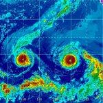Double trouble headed toward #Hawaii. Hurricane Madeline w/ Hurricane Lester not far behind https://t.co/vknG0lyuS6 https://t.co/B6cu1nynzQ