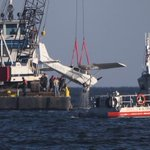 Crashed plane recovered from Lake Pontchartrain on Tuesday morning https://t.co/isls8Mio8p https://t.co/UiqGBZkWBY