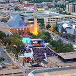Free concert in downtown #yeg this weekend!! #yegarts #disney https://t.co/raZRvs2dsF -P&D #SymphonyInTheCity https://t.co/q952m6ETJp