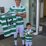 #Celtics new signing @Cris_GamboaCR with son Felipe take their first look round Lennoxtown https://t.co/7YeeKLNDeV