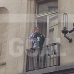 Exclusive: Joe Hart spotted holding a Torino shirt by @GoalItalia #mcfc https://t.co/rbaoRNaSo3