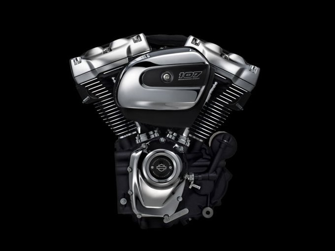 Road & Track @RoadandTrack: Harley Davidson unveils its first new engine in 15 years. https://t.co/pp41jDmleS via @PopMech https://t.co/Okh4e1ZeLs