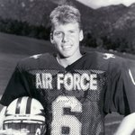 VIDEO: Dee Dowis career highights @AFFootball @AF_Academy @usairforce https://t.co/rimc9zM98O https://t.co/1mc6ZzxJ0t