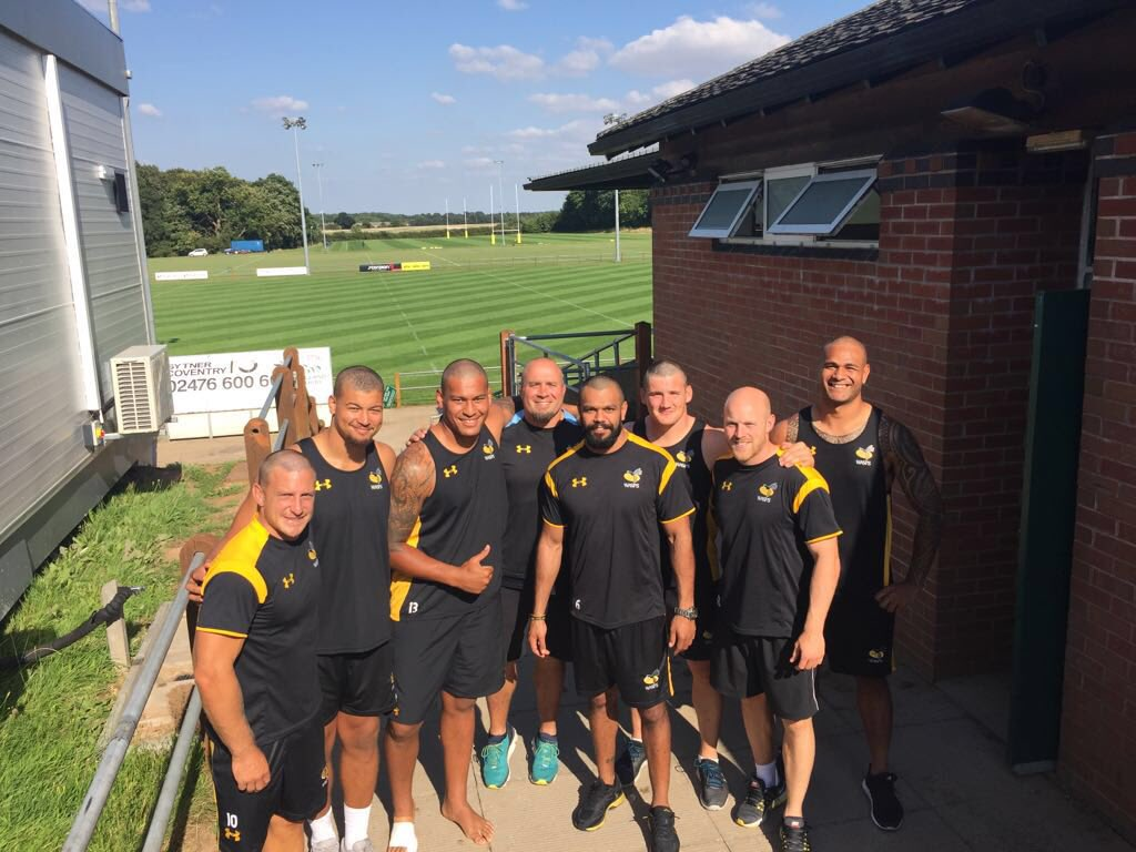 @WaspsRugby boys showing our support for @CLealiifano. All the best with the recovery Bruzzi!