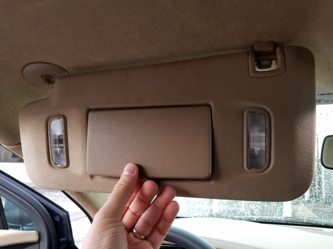 Consumer Guide Auto @CGAutomotive: RT @DBell72333786: 1st-world probs: @Cadillac XT5's mirror covers aren't wrapped in synth-suede like rest of sunvisor! @cgautomotive https:…