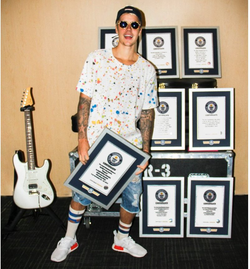 .@justinbieber is in the Guinness World Records (@GWR) book eight times this year - https://t.co/ZNrziSqHho https://t.co/9UJJeZ0USf