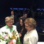 Flores para Janaína #impeachment - https://t.co/Jx4ZDPrG5t https://t.co/oRNDZf6RNa