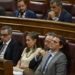 Mariano Rajoy duerme el debate de investidura https://t.co/twRnSczN4s Por @gonzalocortizo https://t.co/y74XvplUV0