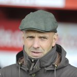 The Checkatrade Trophy starts tonight; Exeters 43-year-old manager Paul Tisdale puts himself on the bench v Oxford https://t.co/9WS7Dj6lCr