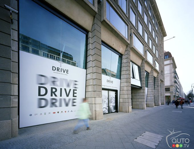 Auto123 @Auto123: #Volkswagen enters EV partnership with city of #Hamburg | Car News | Auto123 https://t.co/DstpoNWLIh https://t.co/f1PE7wKQww