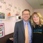 @MayorWinnecke stops in GaylaCakes to celebrate the local owners 3rd anniversary. Gayla is loved in the community. https://t.co/7MJD0R8G3J