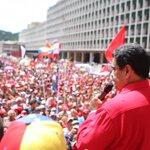 . @NicolasMaduro El Pueblo quiere Paz. No más golpe de Estado, no más violencia https://t.co/QIWxBdPMY5