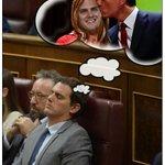 Después de ver que Rajoy no se ha acordado de él en su discurso...¿Añorará Rivera tiempos mejores? #investiduraRajoy https://t.co/ONRptLWaYf