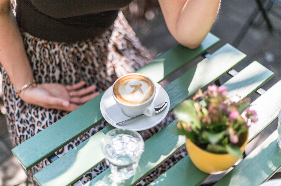 "Enjoy a cup of ""kávéház"" at one of our recommended cafés in our Budapest travel guide:"