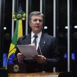 Collor - Fernando Collor de Mello defende impeachment. #NosTrendsBrasil https://t.co/QjINbN3fmz