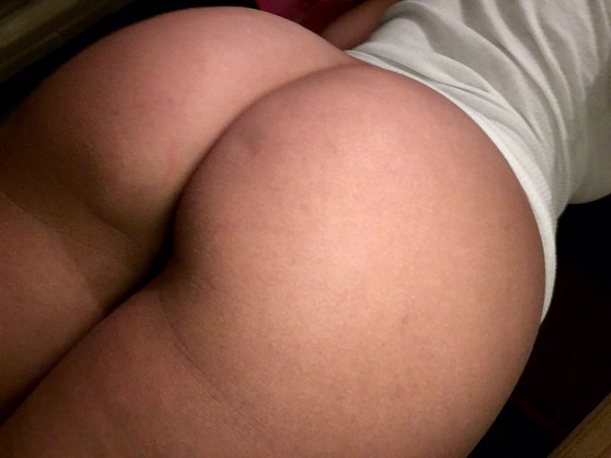 ✨🍑✨ https://t.co/5NSkGsPLNy