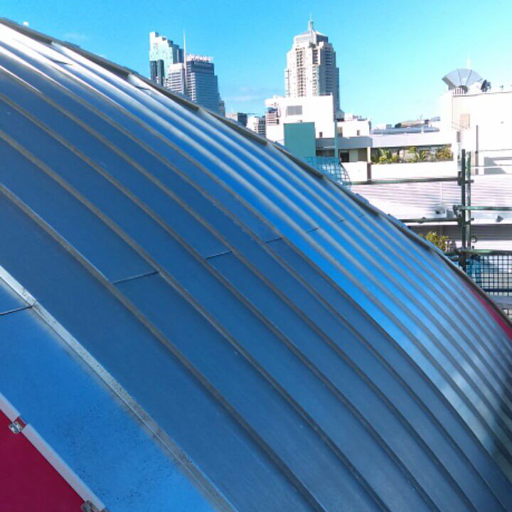 Thanks @SterlandRoofing for sharing Ultimo #Zinc dome project. Standing seam .7 mill finish, with Proctor wraptight https://t.co/NqReMBcGgh
