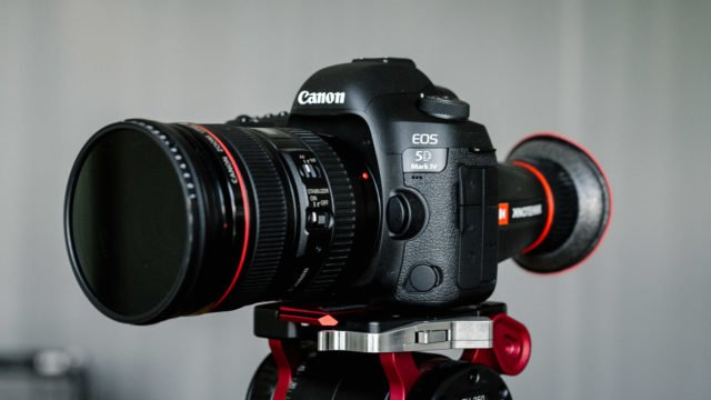 B&H Photo Video @BHPhotoVideo: Real World Video Samples and First Impressions of the Canon 5D Mark IV via @C5DNews - https://t.co/DFAGW4FMvX https://t.co/EQZCHFg3dq