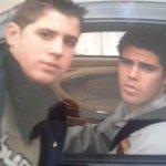 Yo con 15 años era un niño cebolleta y me hacía fotos con Victor Valdés JJAJAJAJA https://t.co/igpNNmjpeO