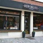 La marque de mode HOPENLIFE cherche à s'implanter à #Nantes https://t.co/FY7ix3kyHu /@Les_Franchises @HOPENLIFEParis https://t.co/XX5uoM7cbE
