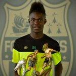 Attaquant des U19 le talentueux Elie Youan (17ans) sest entrainé avec les pros ce matin. 📷➡️https://t.co/PWBxFxP9lx https://t.co/0IKMS25roB