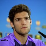 Chelsea sign left-back Marcos Alonso from Fiorentina #CitiSports https://t.co/7n55Z9MvGT
