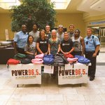 LPD GREAT: Officers along with @Power965lansing helped with a back to school backpack give away. #LoveLansing https://t.co/RwUFGy8obA