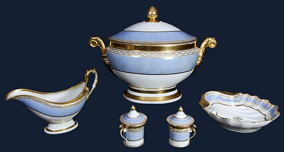 Old Paris porcelain dining service has been donated to New-York Historical Society https://t.co/6Cgczx7NJW #antiques https://t.co/bJrtXCXmcE