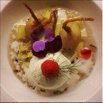 Chef Maïkos inspirations: Tapioca mango desert, w/ fried banana, vanilla ice cream & almonds! #Montreal #DDO https://t.co/71mGHZrz7C