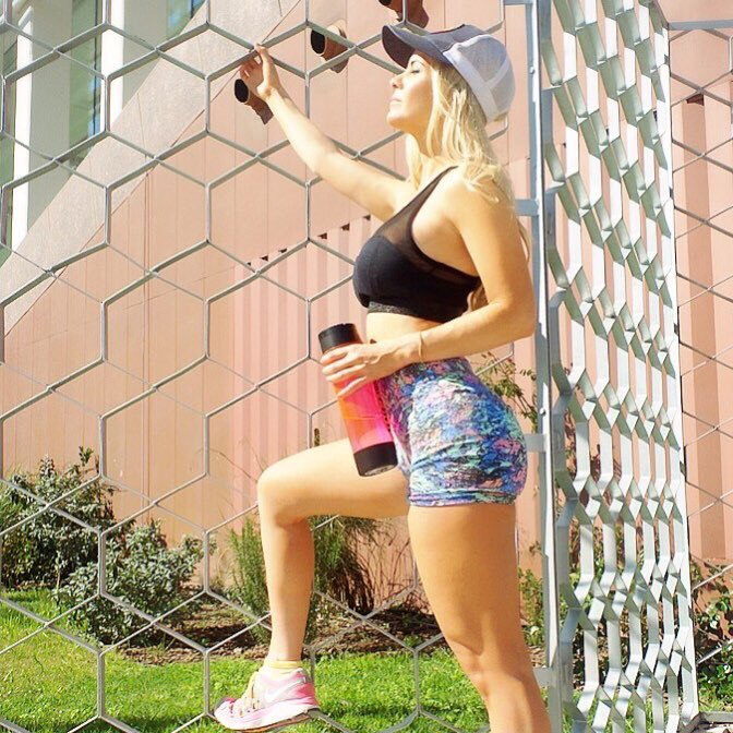 #trainingday hoy disfrutamos del sol☀️☀️ #sunnyday #fitness #gym #healthylife https://t.co/O5W4iRVdR
