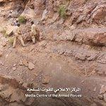 أبطال الجيش الوطني ينحتون جبال نهم لتمهيد الطريق نحو #صنعاء . #التحرير_موعدنا https://t.co/qBdjLqQvI1