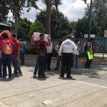 Protestan en Dirección General del Sistema Estatal de Becas; bloquean Murillo Vidal en Xalapa #Veracruz @GobiernoVer https://t.co/k3N4iYme74