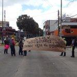 #Galería Estudiantes bloquean la avenida Murillo Vidal para demandar el pago de becas al Gobierno de #Veracruz https://t.co/YhkfVfUFKm