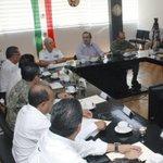 En estos momentos me reúno con el Grupo de Coordinación #Veracruz en la 3a. Zona Naval de #Coatzacoalcos. https://t.co/tKVjM3Imuz