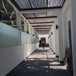 Walking into Los Piños, where Donald Trump will be meeting with Mexican President Enrique Peña Nieto. https://t.co/FmjvIqL3u4