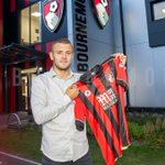 Photo confirmation of Jack Wilsheres season-long loan to Bournemouth. (Source: @afcbournemouth) https://t.co/TWpKXZtZ6d