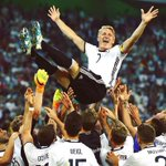 Thanks Basti. We will miss you. @BSchweinsteiger #ServusBasti https://t.co/fz0DoCcDDJ