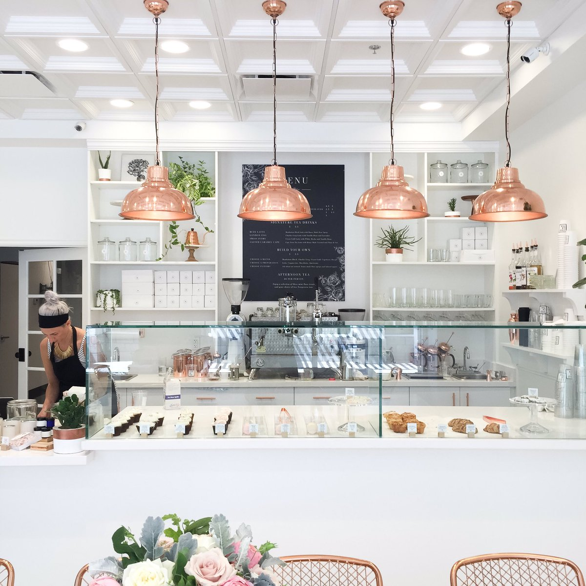 New amazing bakery in #Scottsdale! Congrats on your opening @ruzecakehouse + @teaspressa!