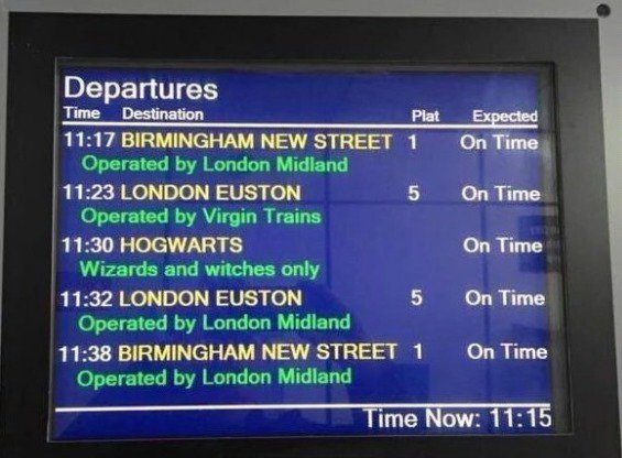 The departure board at King's Cross today! #BackToHogwarts #HogwartsExpress https://t.co/p7iKLbBT53