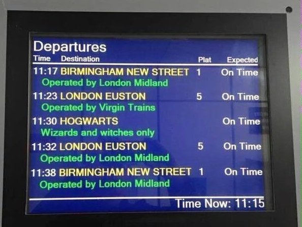 Don't miss the train, its about to leave! #BackToHogwarts #HogwartsExpress https://t.co/yztUkGSWRa