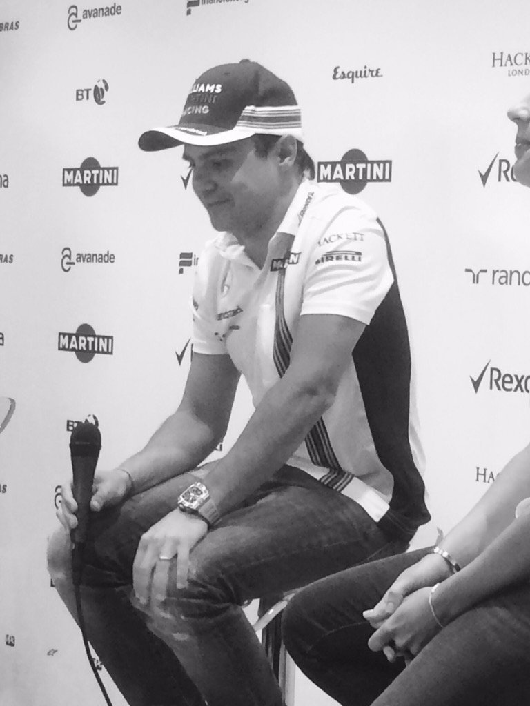 A long standing ovation for @MassaFelipe19, who holds back tears after announcing he will retire at the end of 2016 https://t.co/y9LPxYAJC8