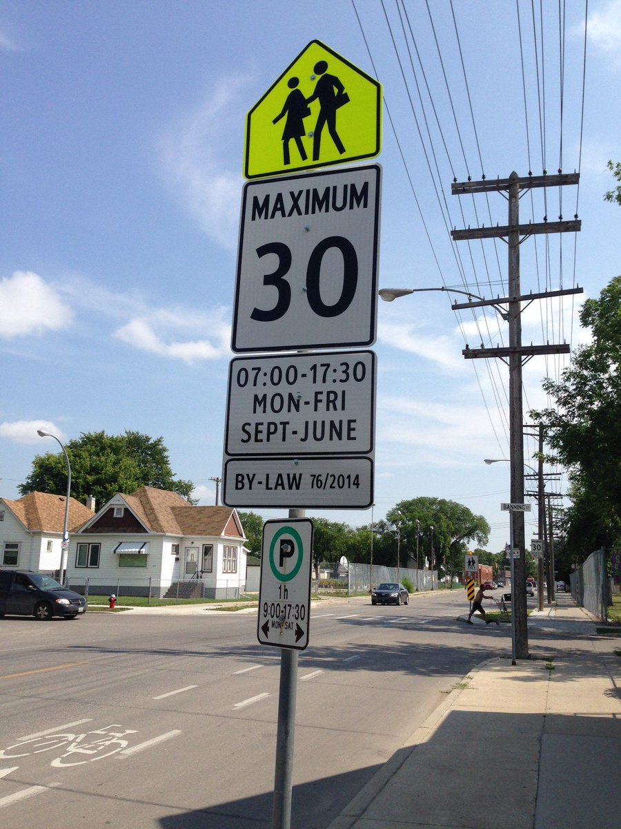 REMINDER: School zone speed limits are back in effect today. https://t.co/yHNEhH37jG