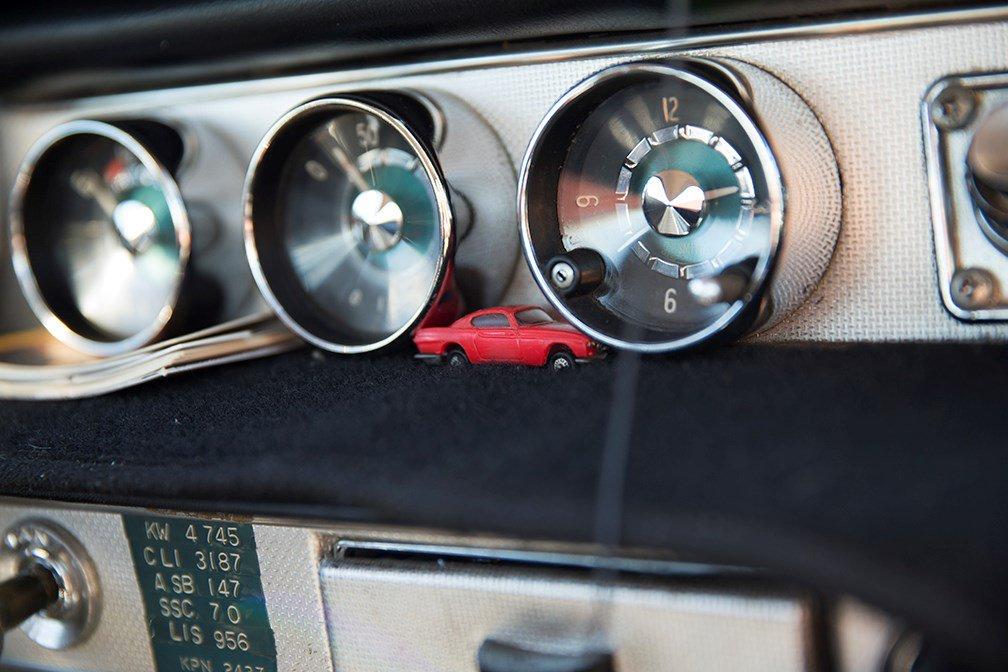 Este Volvo 1800S de 1966 alcanzó 4 millones de km, es como dar 120 veces la vuelta al mundo. #VintageVolvo https://t.co/MFwB3reVL9