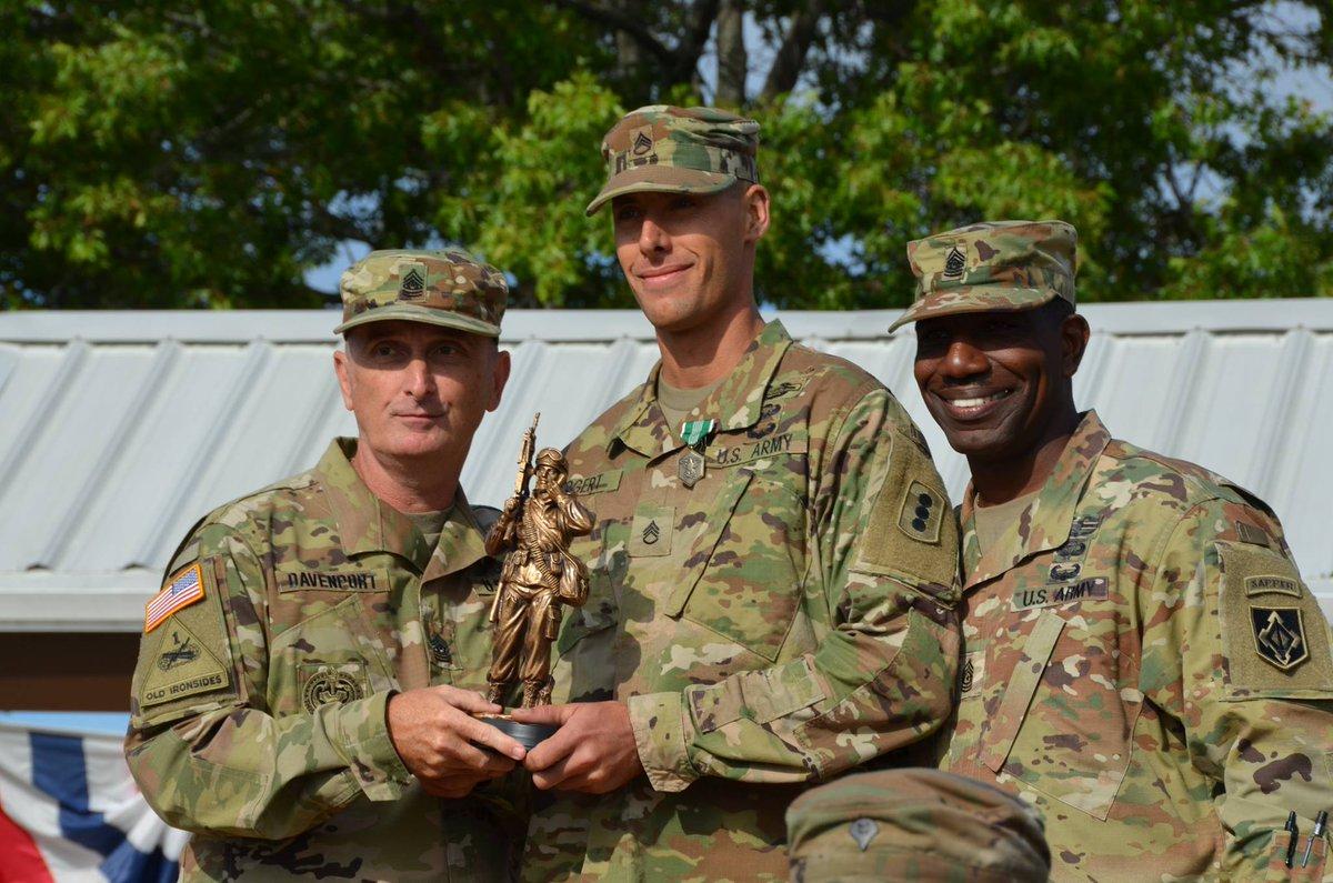 Announcing TRADOC's NCO & Soldier of the Year: SSG Nicholas Bogert, Fires CoE & SPC Kenneth Vice, Maneuver CoE HOOAH https://t.co/4I4mTOXxSx